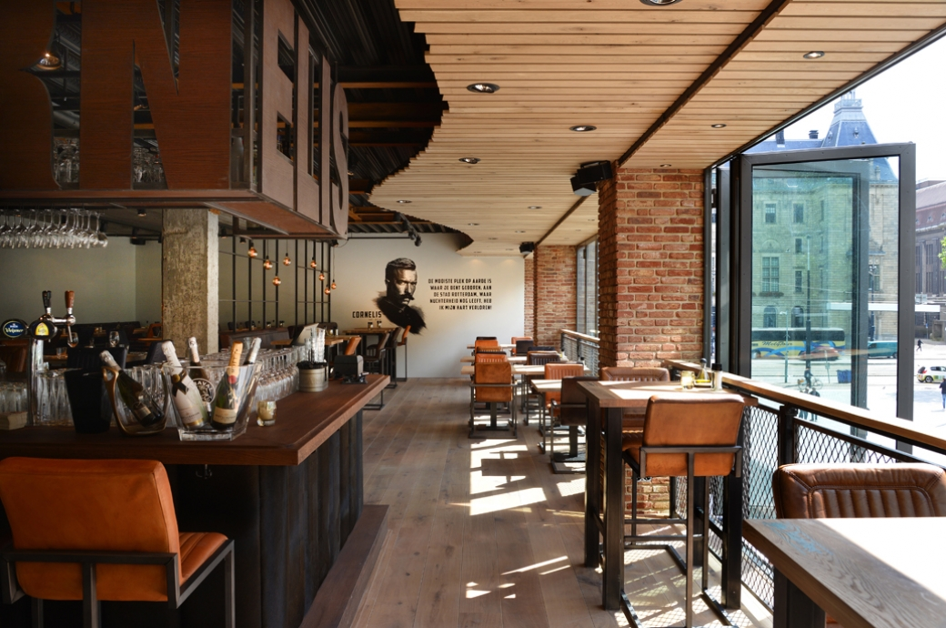 estida-cornelis-bar-kitchen-rotterdam-raam